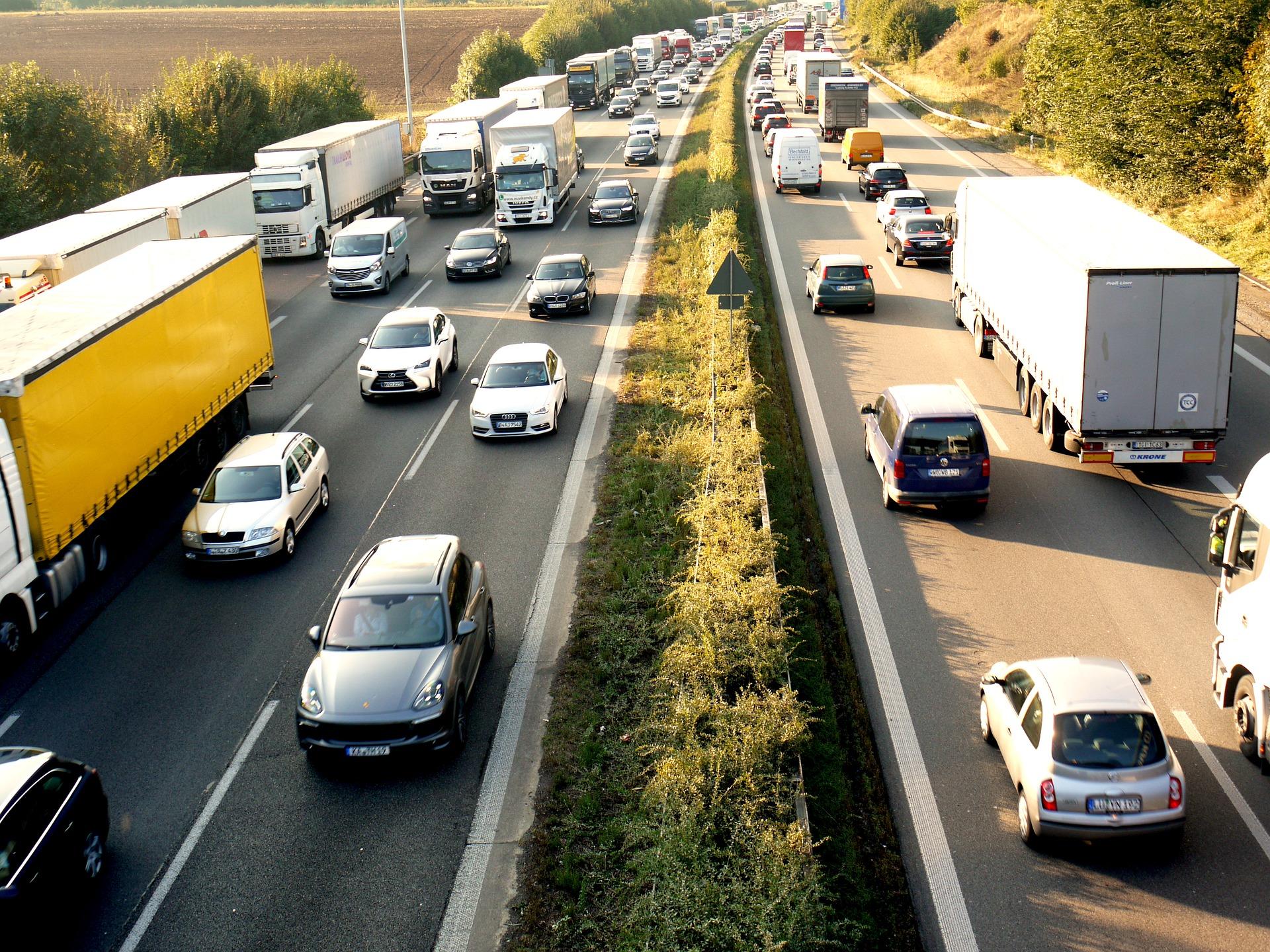 Faut-il changer le régime de vitesse automobile sur nos autoroutes ?