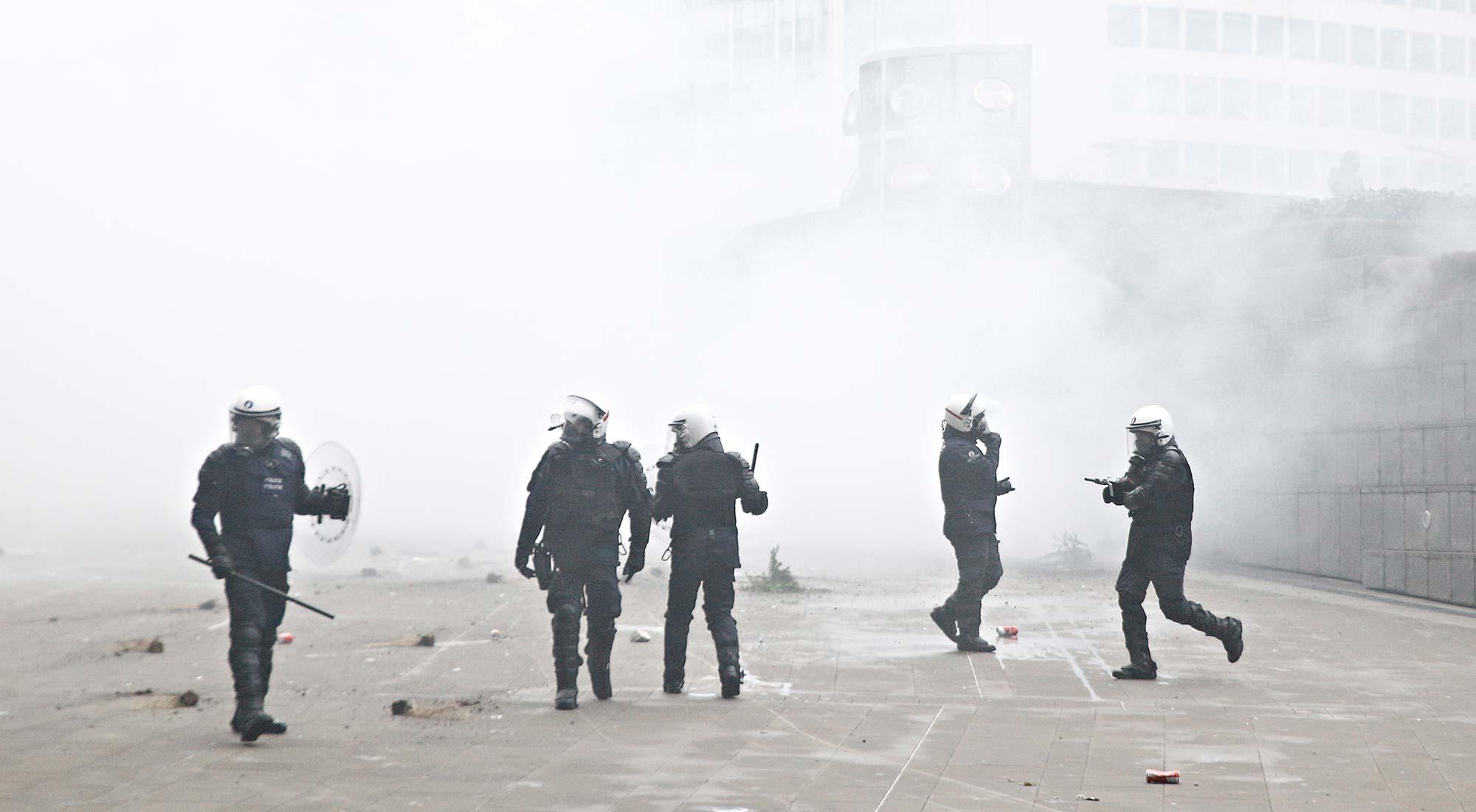 Réprimer plus lourdement les violences perpétrées contre les agents du service public